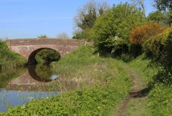 Towpath, Kennet and Avon Canal, New Mill Bridge No. 111, New Mill