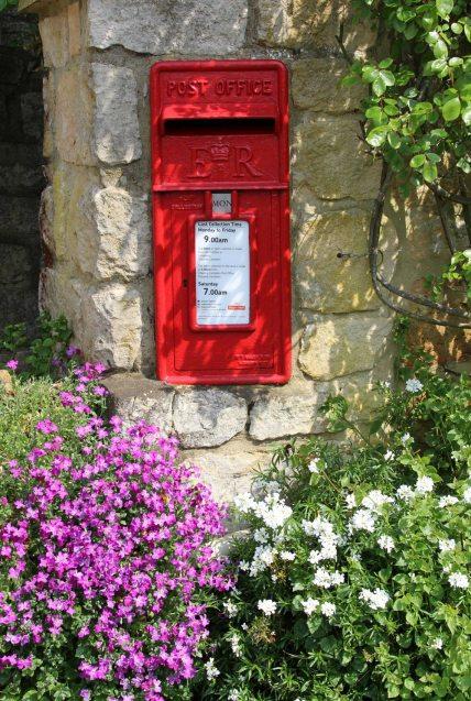 Post box, Ebrington