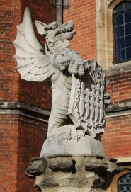 The Tudor Dragon, The King's Beast, Hampton Court Palace