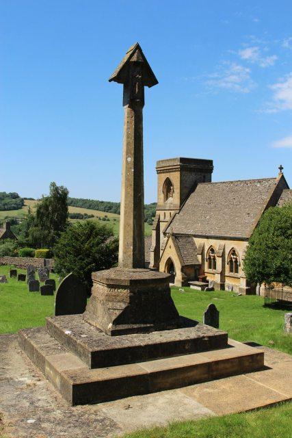 War Memorial, St. Barnabas Churchyard, Snowshill