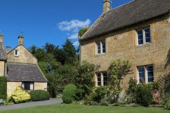 Honeystone Cottage and Pear Tree Cottage, Stanton
