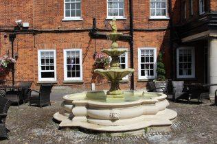 Courtyard, Mercure Farnham Bush Hotel, Farnham