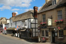 Juri's Tea Rooms & Restaurant and The White Hart Inn, Winchcombe