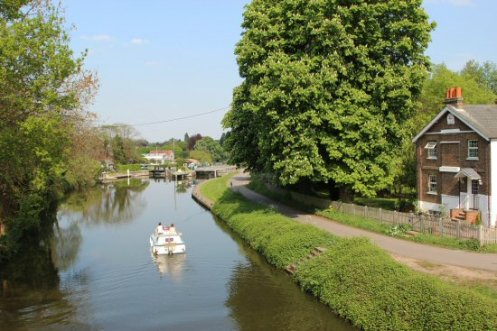Boat approaching Sunbury Lock, River Thames, Walton-on-Thames