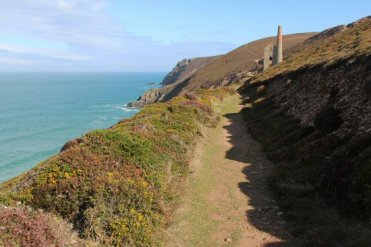 Coast path to Wheal Coates Mine, St. Agnes