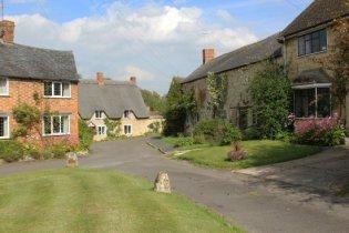 Cottages, Tredington