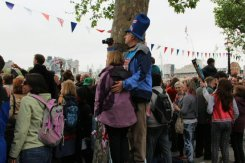 Crowds, Southbank, Queen's Diamond Jubilee, Thames Pageant