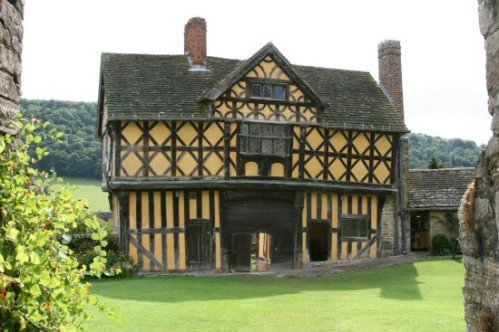 Gatehouse and the Courtyard, Stokesay Castle