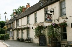 Red Lion Inn, High Street, Cricklade