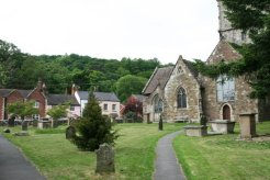 St. Laurence's Churchyard, Church Stretton