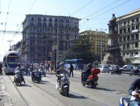 Piazza Garibaldi, Naples