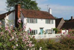 White clapboard cottage, Biddenden