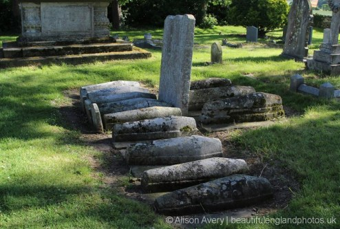 Pip's Graves, Charles Dickens, Great Expectations, St. James' Churchyard, Cooling