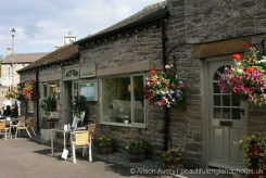 The Three Roofs Cafe, Castleton