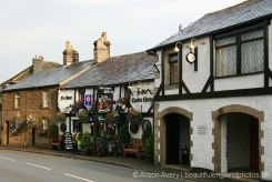 Ye Olde Cheshire Cheese Inn and September Cottage, How Lane, Castleton