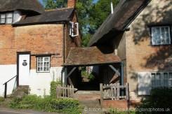 Arch between Fleur-de-Lys Cottage and Magnolia Cottage, Clifton Hampden