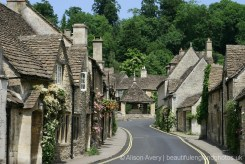 Market Cross, from The Street, Castle Combe