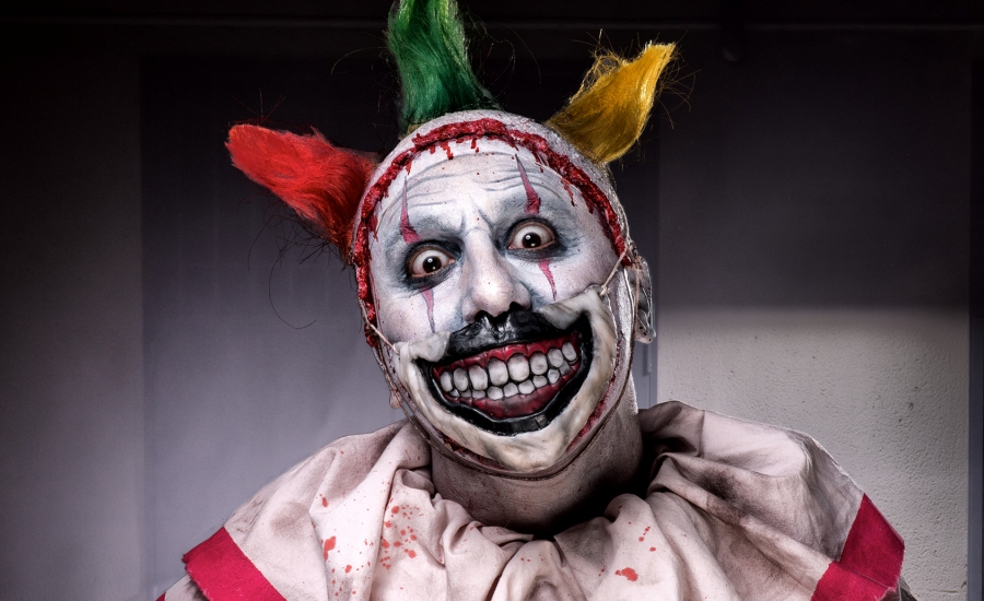 25 Funky Clown Makeup Ideas For Halloween