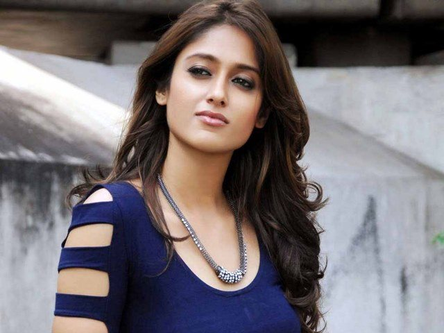 Beautiful girls in India - Ileana D'Cruz, beautiful indian girl image, beautiful girl image, indian girls photos, indian girls images