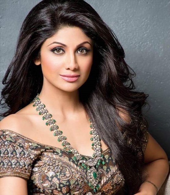 Beautiful girls in India - Shilpa Shetty, beautiful indian girl image, beautiful girl image, indian girls photos, indian girls images