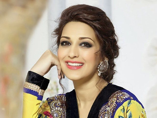 Beautiful girls in India - Sonali Bendre, beautiful indian girl image, beautiful girl image, indian girls photos, indian girls images