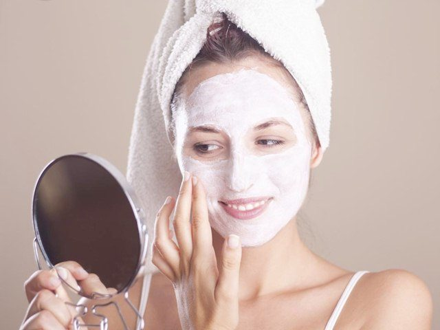 Home Remedies to Remove Dead Skin Cells 3