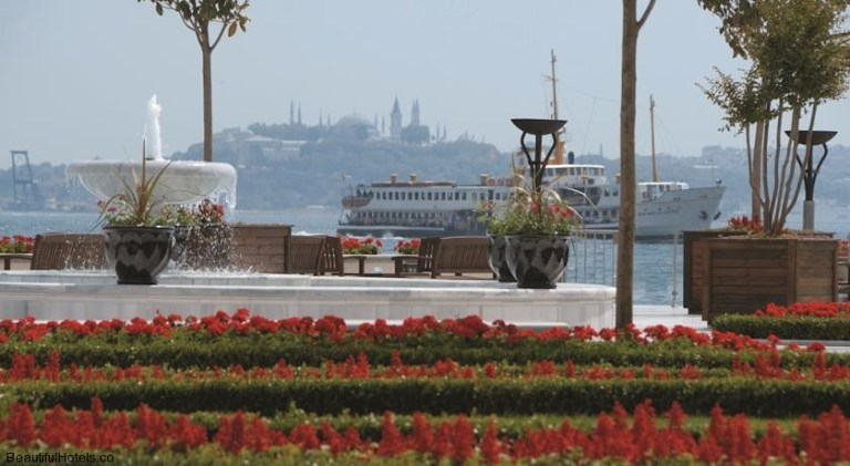 Four Seasons Istanbul at the Bosphorus (Istanbul, Turkey) 26