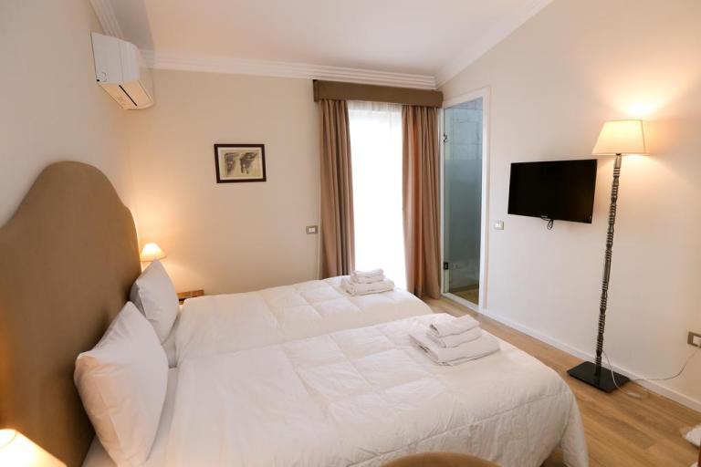 Hotel Hermes Tirana (Albania)