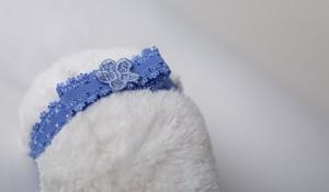headband-blue-bow