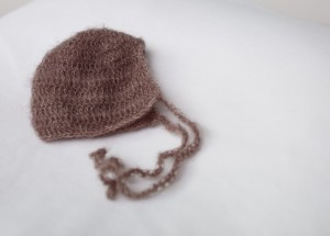 brown-crochet-bonnet