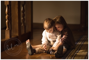 lifestyle-brother-sister-home-natural-light-epsom-surrey-beautifullittlemoments