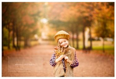 lifestyle-girl-outdoor-walk-epsom-surrey-beautifullittlemoments