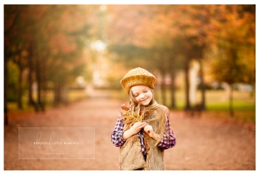 lifestyle-girl-outdoor-walk-epsom-surrey-beautifullittlemoments