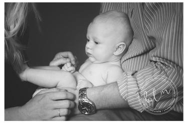 lifestyle-newborn-baby-girl-mum-dad-3-months-epsom-surrey-beautifullittlemoments