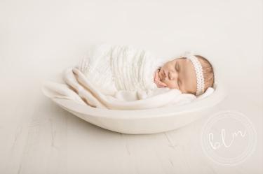 newborn-baby-photo-shoot-epsom-surrey-girl-white