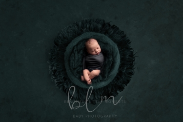 newborn-boy-teal-no-feathers-crop1