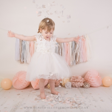 pink-princess-pretty-girl-birthday-photoshoot-confetti-epsom-surrey