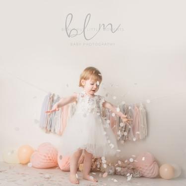 pink-princess-pretty-girl-birthday-photoshoot-confetti-fun-epsom-surrey