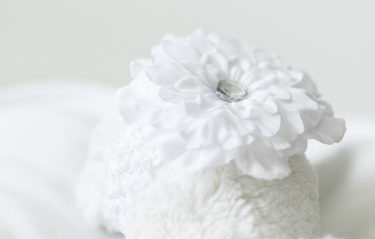headband-white-flower-headband