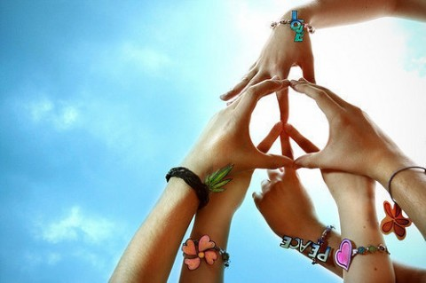 teen-yoga-peace-hands-e1334002184489