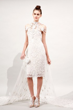 marchesa-lace-dress-spring-fashion-trends-2011