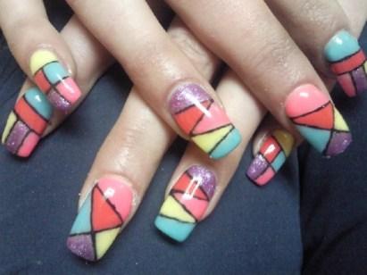 woman-nail-art-colored-fall-winter-2010-manicure