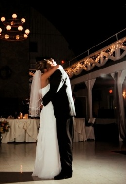 Une boule de fleur pour la déco de votre mariage