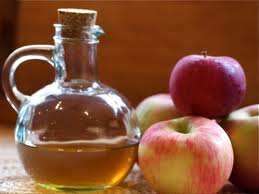 فوائد خل التفاح الطبيه والعلاجيه
