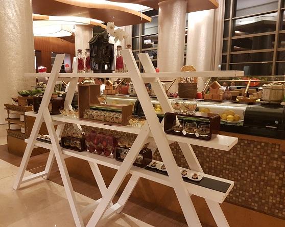 Liwan restaurant, Al Ghurair Rayhaan by Rotana, Dubai (4)