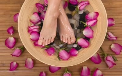 How To Do Pedicure At Home: Easy Step By Step Guide