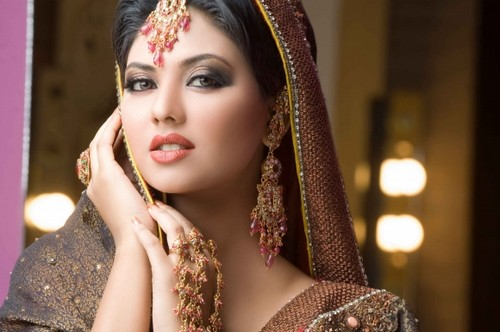 Perfect-Indian-Bridal-Makeup-Tips-2012-parfait-maquillage-indien-hindou-mariage-wondersalle.fr