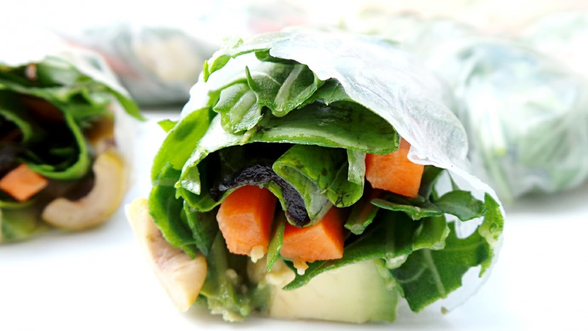 Glowing skin recipes: Alkaline rice paper rolls