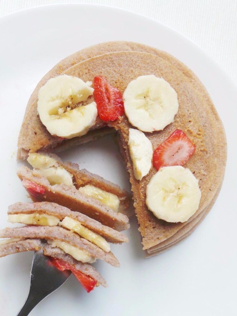 Easy Buckwheat Pancakes – 5 Ingredients, Vegan and Gluten-Free