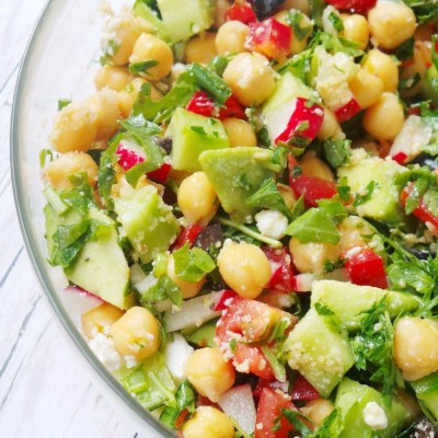 The Best Healthy Avocado Chickpea Salad for Summer